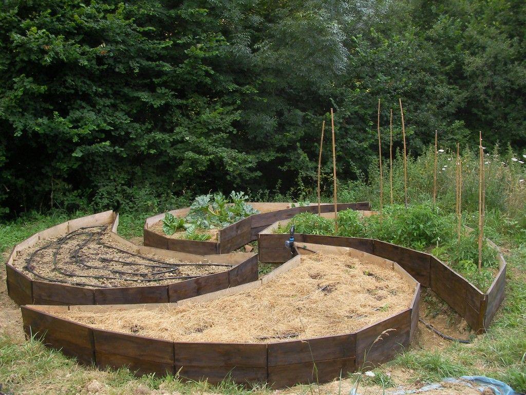 Jardin lauburu terminado lauburu garden finished for Jardin mandala
